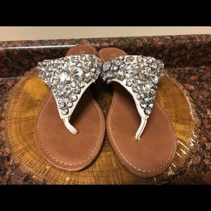Matisse Silver FlipFlop Thong Jeweled Sandals 9M